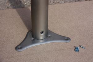 stolova-noha-detail